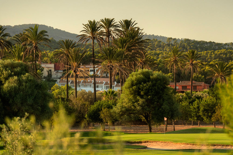 Golf Santa Ponsa in the southwest of Mallorca real estate sales