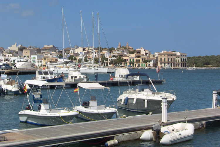 Porto Colom Club Nautico description and information