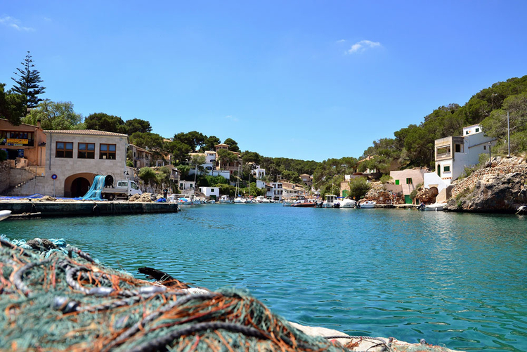 Cala Figuera homes for sale at the fishing port in the south east of Mallorca