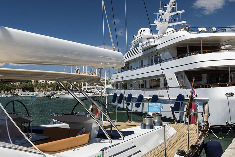 Buying property at the marina Palma Nova in Palma de Mallorca