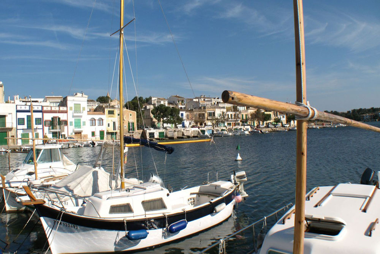 Porto Colom marina information and real estate