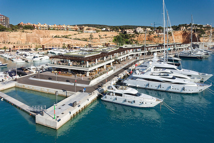 Port Adriano the luxury marina in Mallorca
