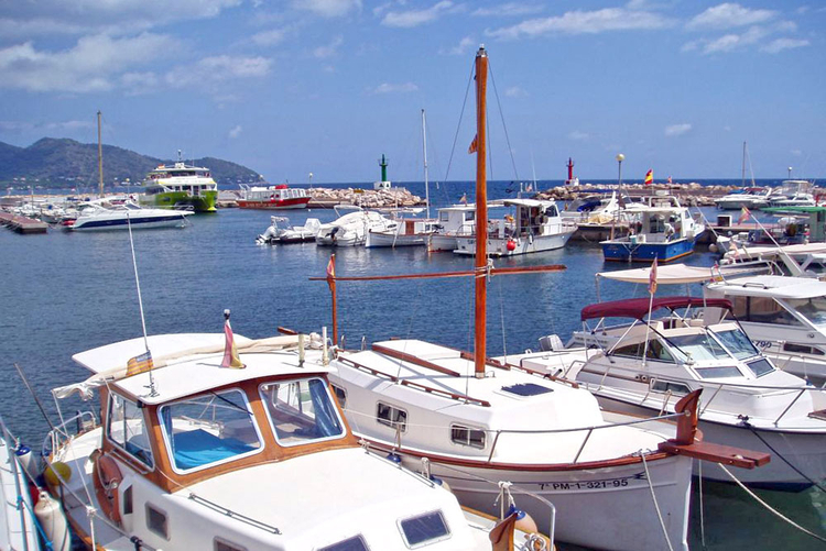 Marina Cala Bona property sales on the east coast of Majorca
