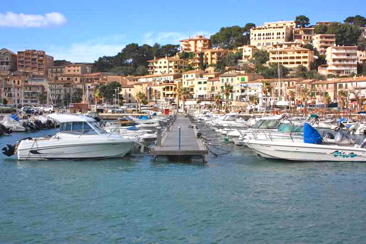 Port de Soller Description of the Port and Properties