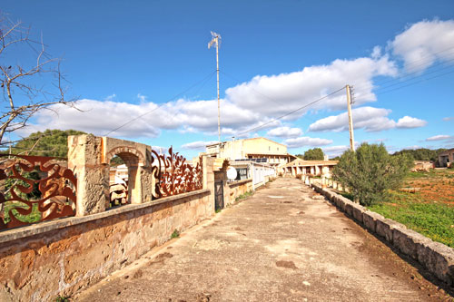 Llucmajor real estate such as homes and land for sale in Majorca