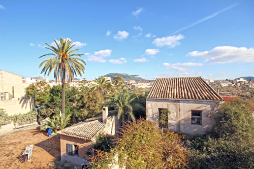 Llucmajor town house with garage and patio for Sale in Mallorca