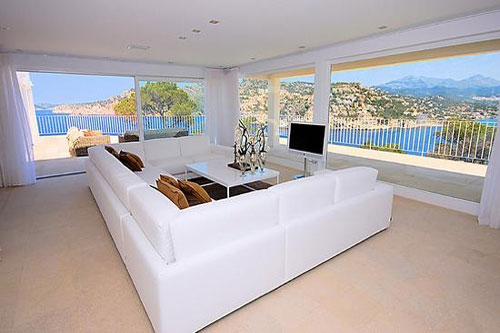 Mallorca real estate agent with homes offered for sale in Andratx