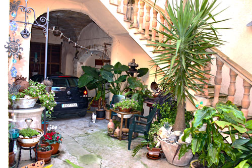 Manacor property with historical background for sale in Majorca East