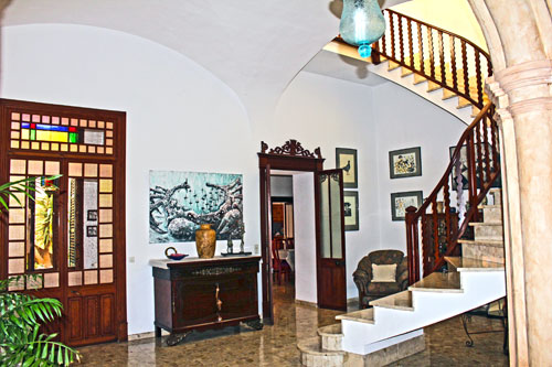 To renovate Manacor town house for sale in east Mallorca
