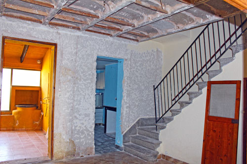 Montuiri town house with garden, in need of renovation for sale in Mallorca