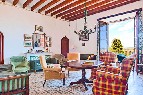 Porreres Finca with historic estate for sale in Mallorca
