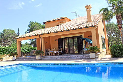 Sa Rapita purchase or long-term rental properties such as villas and chalets