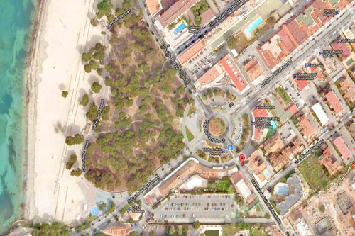Santa Ponsa commercial real estate in central location on the beach Buy