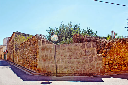 Mallorca Ruin Village house Town house buy sell Properties Town Houses
