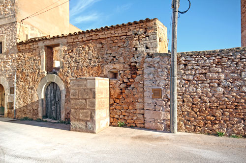 Santanyi town house with garden for sale in South East of Mallorca