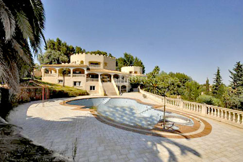 Son Vida villa property offers in the premium segment in Mallorca