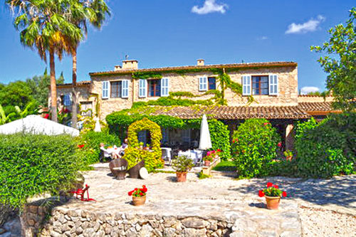Mallorca real estate buying and selling luxury property Son Macia