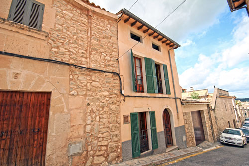 Town House for sale in Montuiri in the island of Mallorca