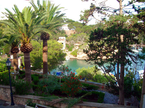 Holiday Apartments in Cala Figuera