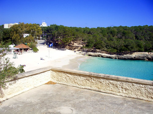 Holiday apartment in Cala Mondrago for rent