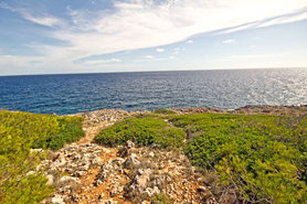 Buy plot with sea view in Cala Murada in East Majorca