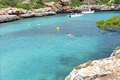 Strand Cala Sa Nau in Shorta