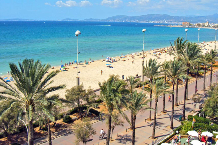 Sandy beach of Palma de Mallorca interesting facts and tips