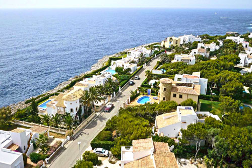 Cala Dor property with sea views in a prime residential area of ​​Cala Serena