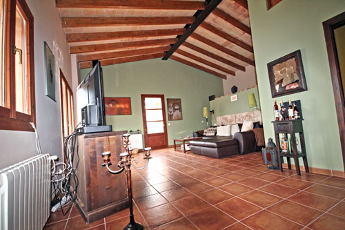 Mallorca rental offers for long term rental of villas in space Santanyi