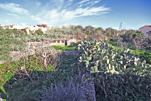Santanyi property market town houses and land for sale in Majorca