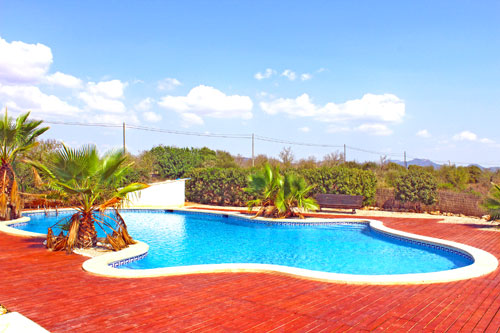 Santanyi Mietfinca with five bedrooms in a prime location for long term rental