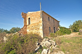 Finca overlooking the salt flats for sale in Colonia Sant Jordi