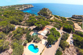 Cala Llombards, small sea view villa in Cala S'Almonia for long term rental