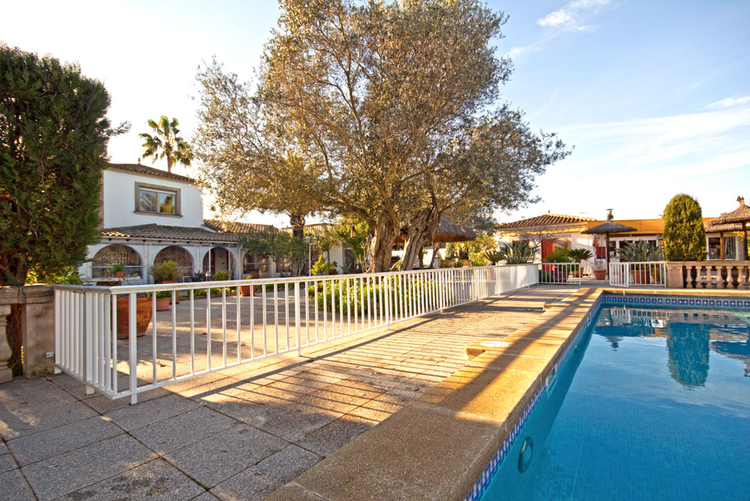 Sa Rapita very well maintained villa for sale in the south of Mallorca