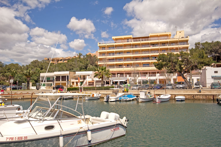 Restaurant for sale on the seafront in Mallorca