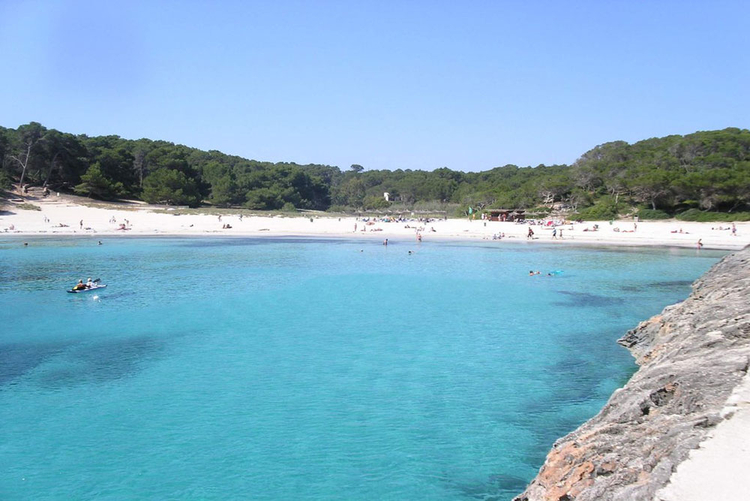 Buying property at the beach S'Amarador in Cala Figuera in Mallorca